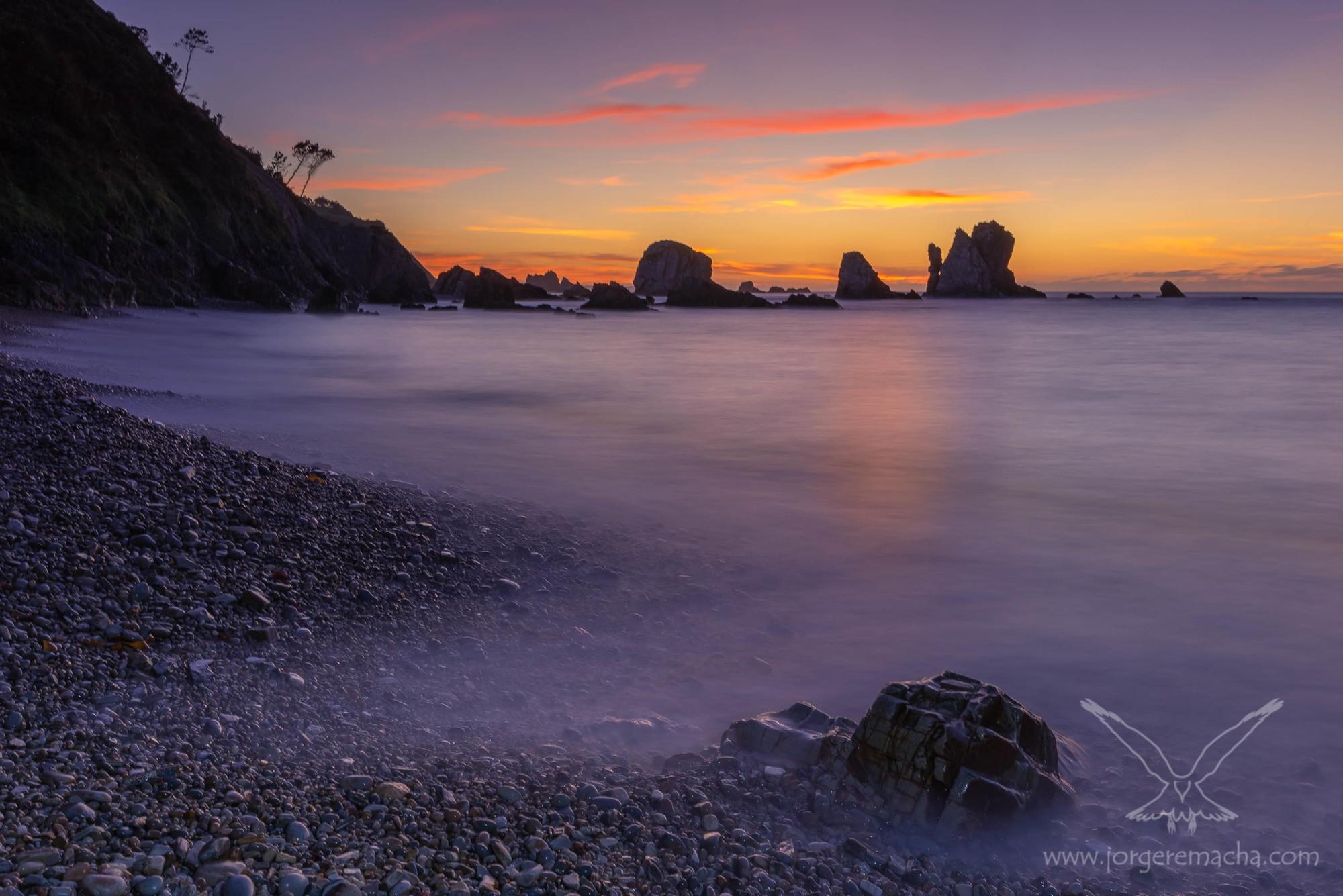 Atardecer en la playa del Silencio